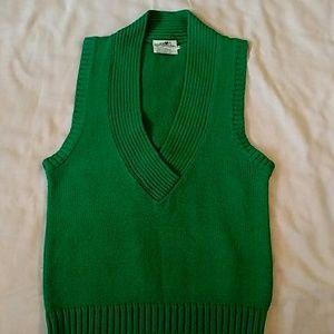 Vintage V-neck sleeveless sweater